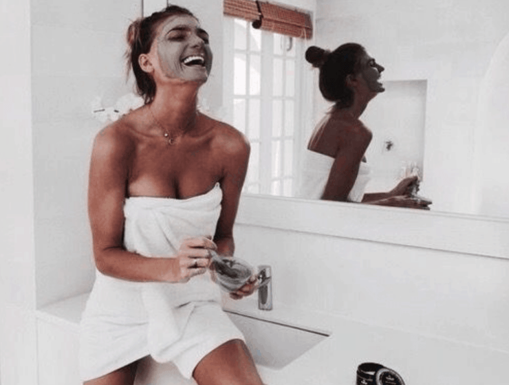 Skincare products for your acne scars are hard to find and to figure out. Check out this list of 10 skincare products that will help you get that clear complexion you've been wanting.