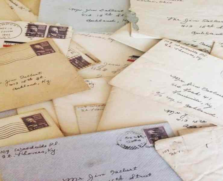 Long distance relationships can be hard. Here are five romantic letter ideas to send to your sweetie to let them know how much you care.