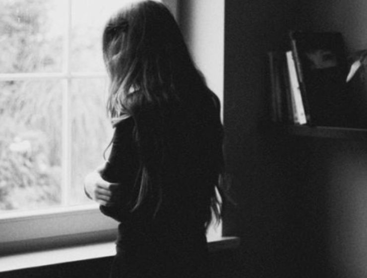 10 Signs Of Depression You Need To Be Aware Of