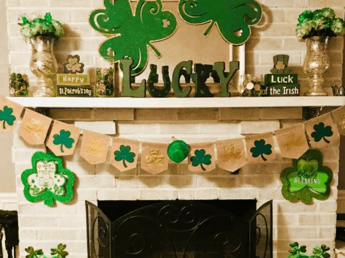 Try these DIY St. Patrick's Day decorations to bring your home and you some good luck! These St. Patrick's Day decorations add to your decor!