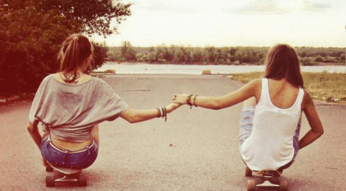 5 Things To Consider When A Friendship Falls Apart