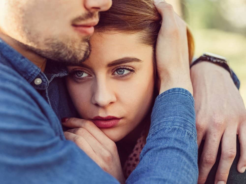 7 Signs You're Dating A Toxic Person