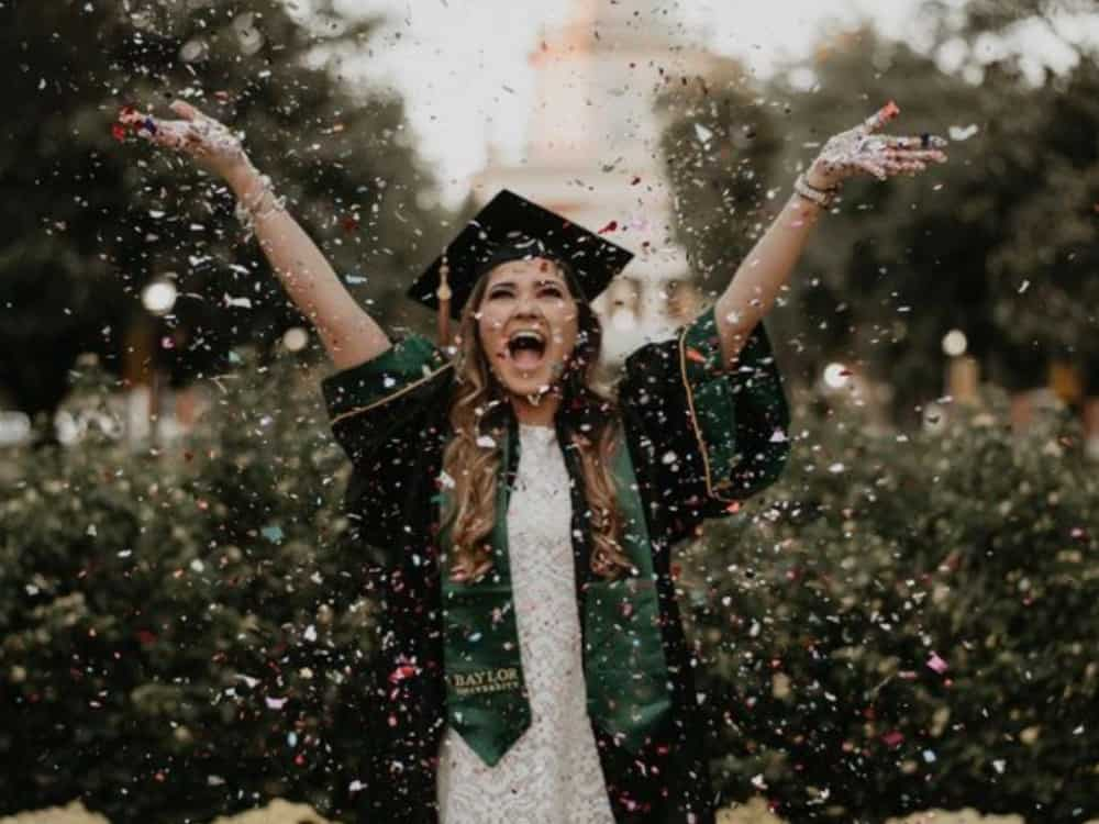 Graduation Day Outfits, 10 Graduation Day Outfits That You'll Look Great In While Getting That Diploma