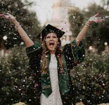 10 Graduation Day Outfits That You'll Look Great In While Getting That Diploma