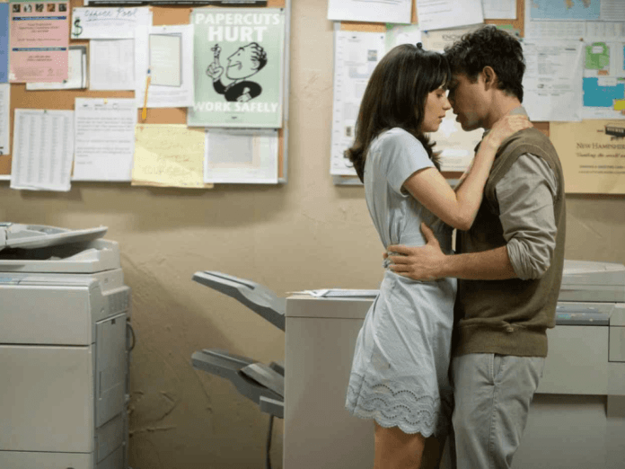 10 Reasons Dating Your Coworker Is A Terrible Idea