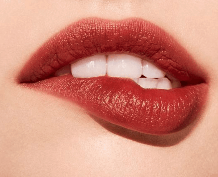 8 Best Lip Scrubs: Say Goodbye To Chapped Lips