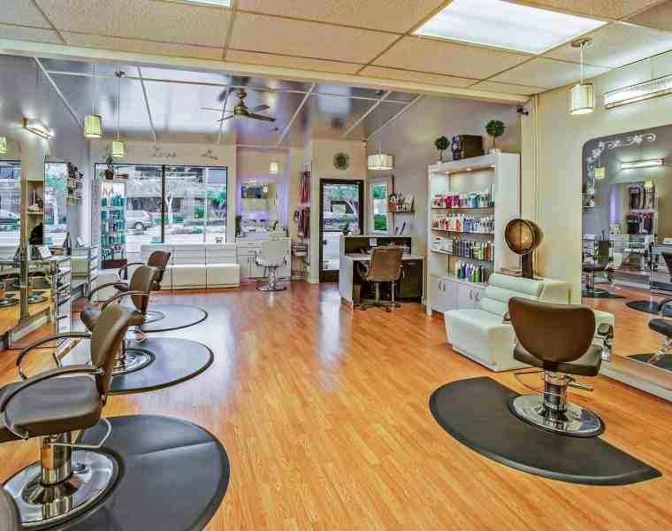 Stylist vs. Barber, A Guide For Men