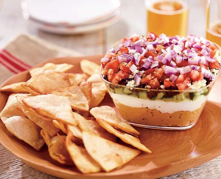 10 Chips And Dip Recipes You Can Serve At Any Party