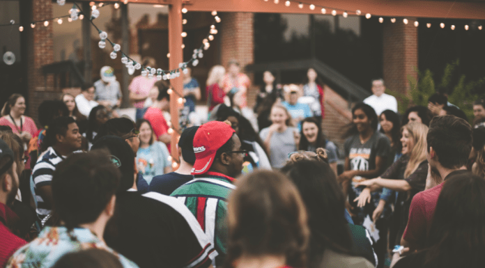 8 Tips To Stay Safe At College Parties