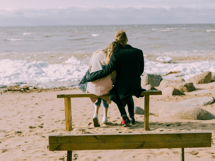 The Shy Girl's Guide To Online Dating