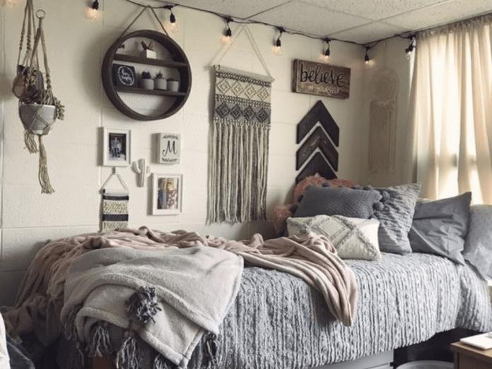 10 Ways To Make Your Dorm Room Feel Like Home