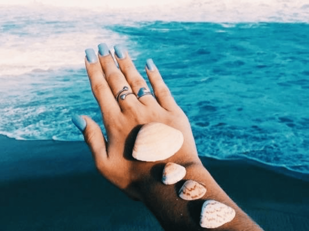 The 5 Best Nail Polish Colours For The Summer Months