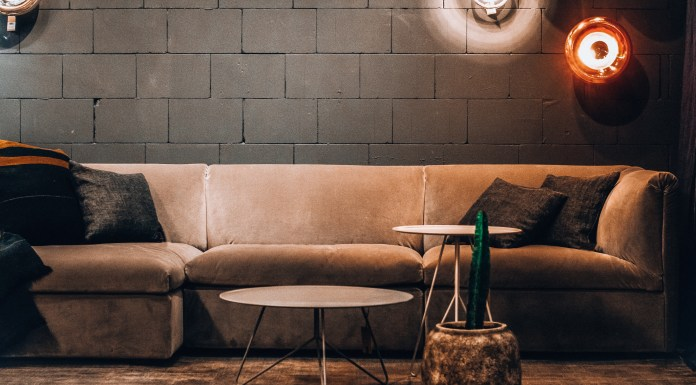 10 Decorative Sofas That'll Wow Your Guest