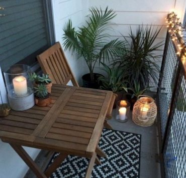 How To Create An Outdoor Getaway On Your Tiny Apartment Porch