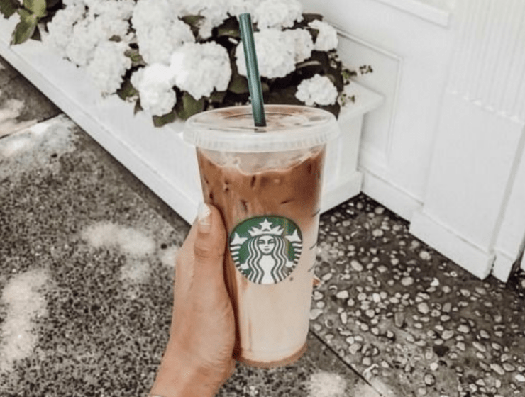 How To Save Calories At Starbucks Without Even Trying