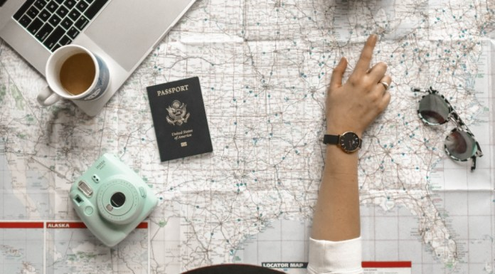 5 Tips To Pack Light For Your Next Vacation