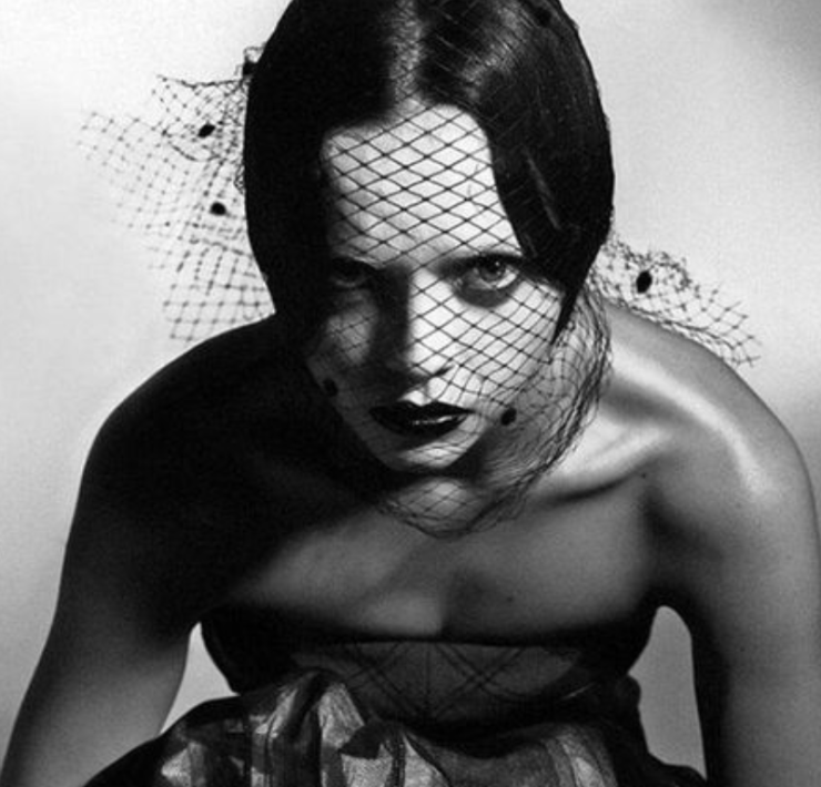 15 Female Goth Celebrities We Adore