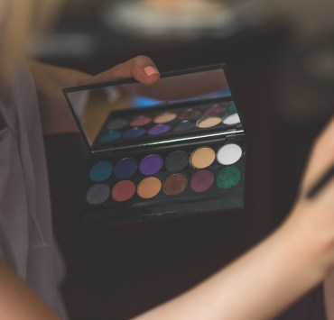 eye shadow, 7 Shades Of Eye Shadow You Have To Try