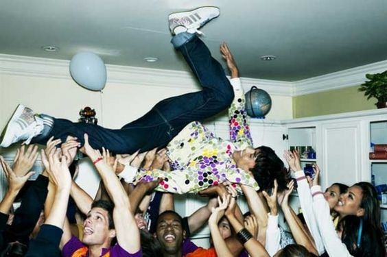 5 Best Songs To Play At The Pregame That Will Get Everyone Excited For The Night