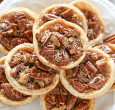 fall dessert, Fall Dessert Recipes That Aren't Pumpkin Pie
