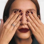 5 Things Women With Perfect Nails Always Do