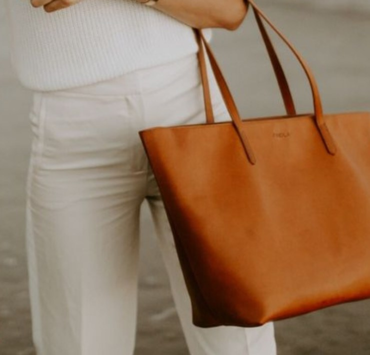 6 Classy Totes To Take On Your Co-Op Assignment