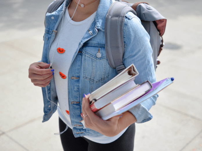 5 Tips To Feel Confident Your First Week on College Campus