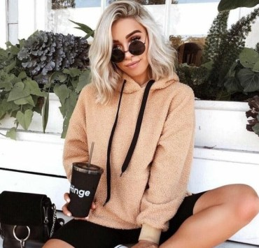 9 Lazy Outfit Ideas For Weekends