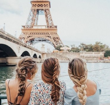 AMAZING TRAVEL GIFTS TO GIVE YOUR TRAVELING FRIENDS THIS HOLIDAY SEASON