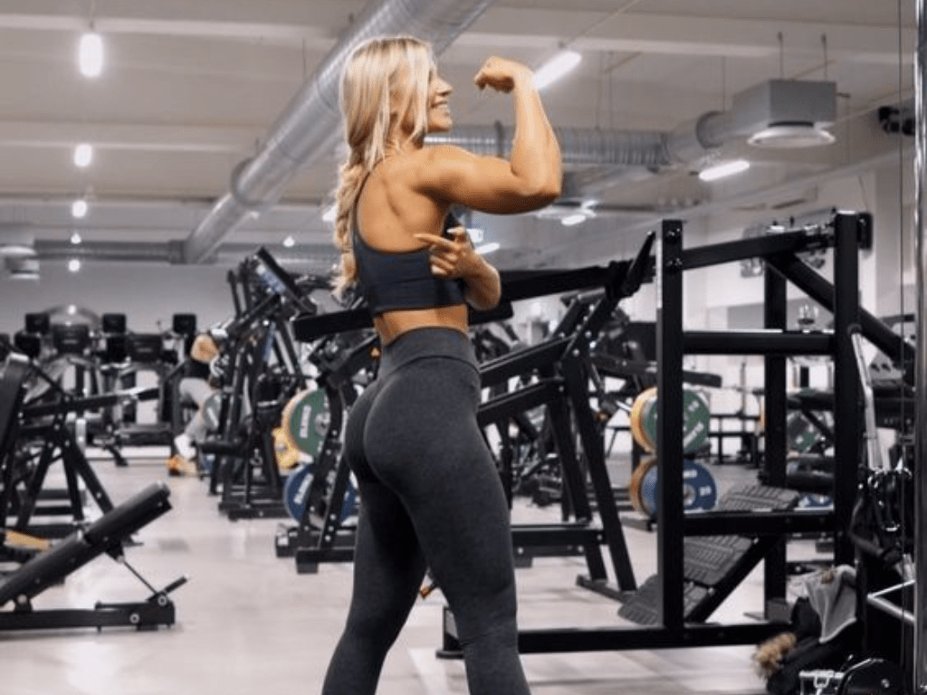 Booty Shaping Moves, 5 Booty Shaping Moves You Need In Your Arsenal