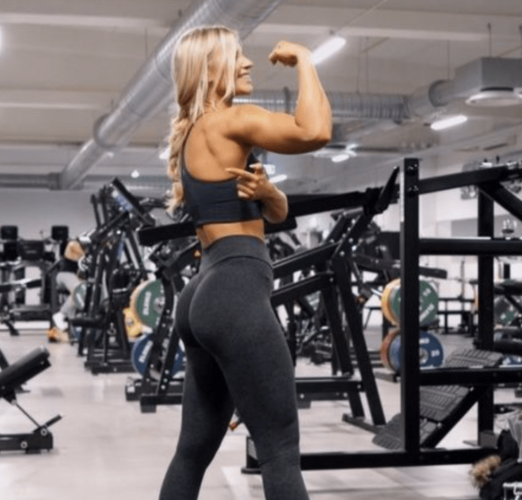 5 Booty Shaping Moves You Need In Your Arsenal