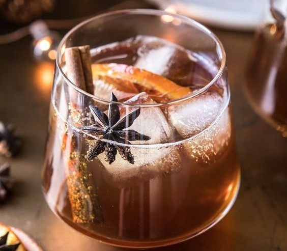 10 Fall Cocktails To Make For Your Next Party