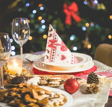 Holiday Party Themes, 12 Holiday Party Themes You're Going To Adore