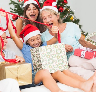 gifts, Gifts To Give To Your College Student