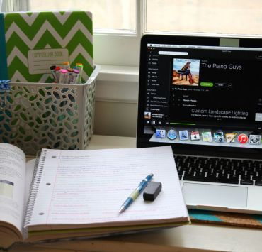 The Worst Music Genres To Listen To While Studying
