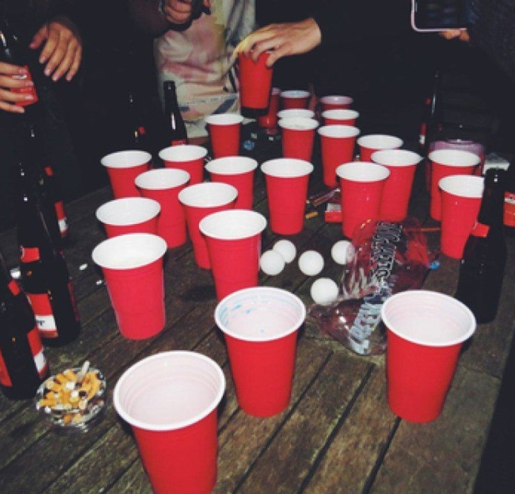 12 Types Of Friend Groups You Shouldn't Have At College