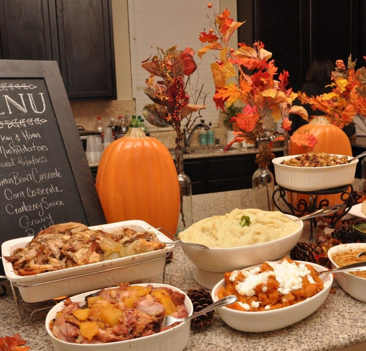 friendsgiving, Foods You Need At Your FSU Friendsgiving