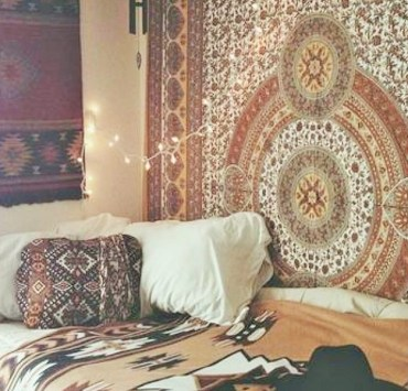 10 Ways To Add a Little Boho To Your Bedroom