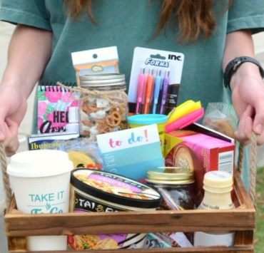 10 Winter Finals Survival Kits You Need To Convince Your Parents To Send To You