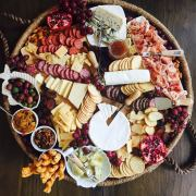 How To Build The Perfect Charcuterie Board For Your Next Holiday Party