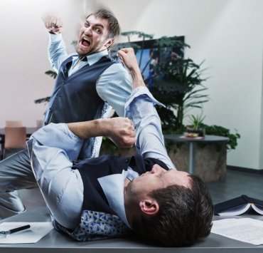 Awful Coworkers, 10 Awful Coworkers You'll Have In Your Twenties