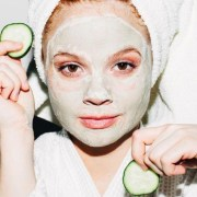 10 Best Face Masks For Redness