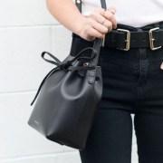 10 Purse Essentials For Your Wardrobe