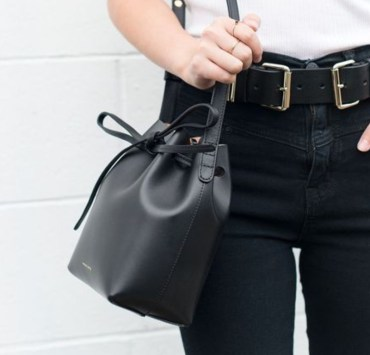 Purse Essentials, 10 Purse Essentials For Your Wardrobe