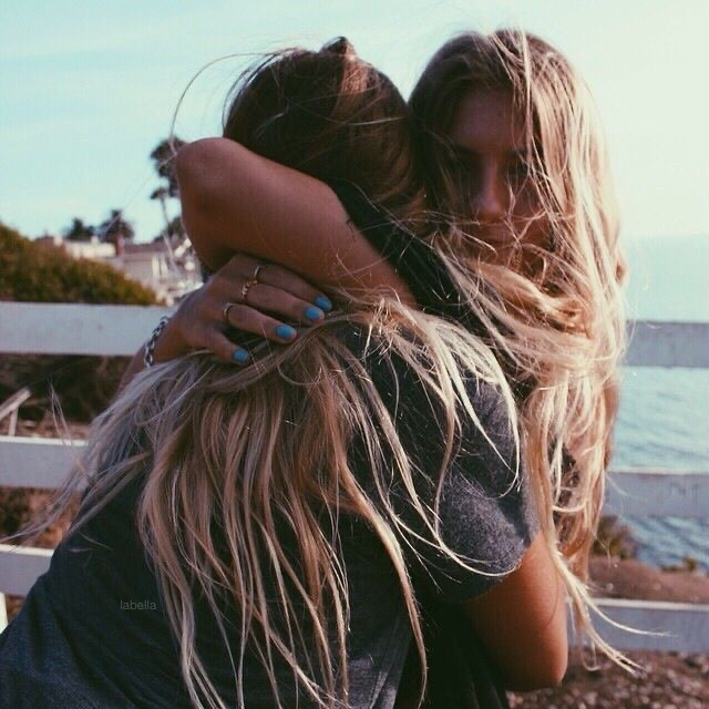 How To Support Your BFF After A Breakup
