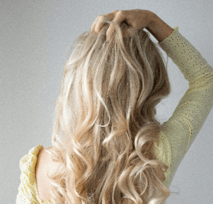 6 Ways To Curl Your Hair With A Straightener
