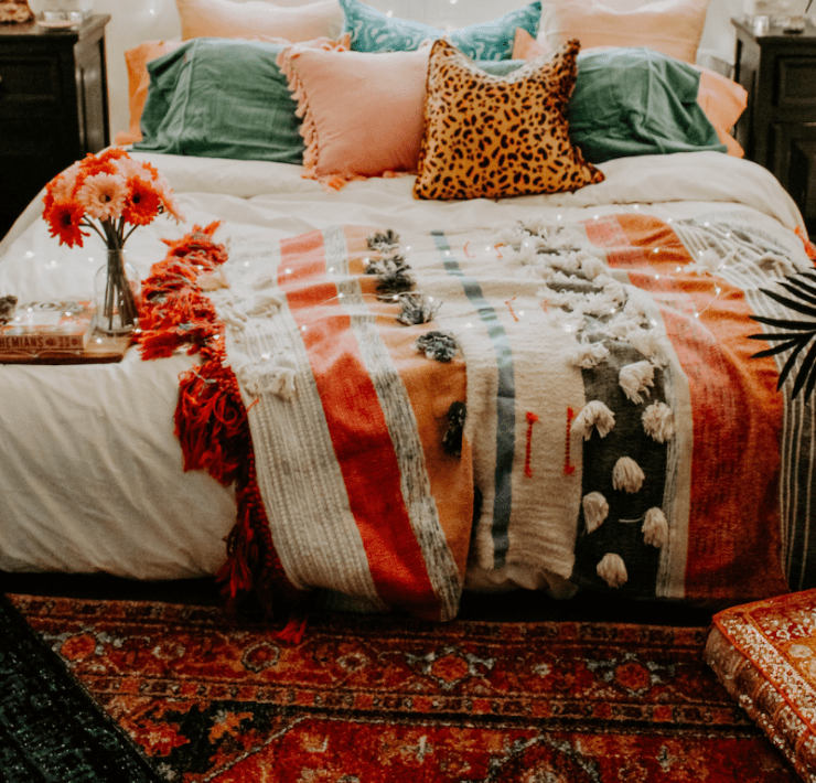 10 Dorm Room Rugs You'll Want On Your Floor