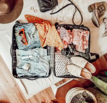 Carry-On, 10 Things You NEED To Have In Your Carry-On