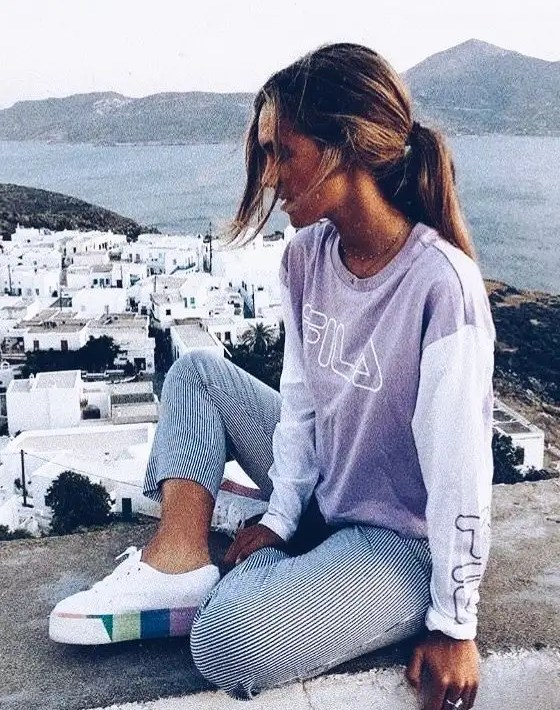 *15 Stylish Athleisure Outfits That You Can Wear In Public