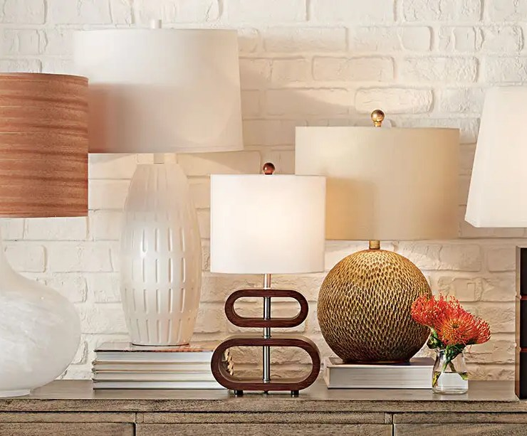 lamp, 10 Lamps Perfect For Your Dorm Room